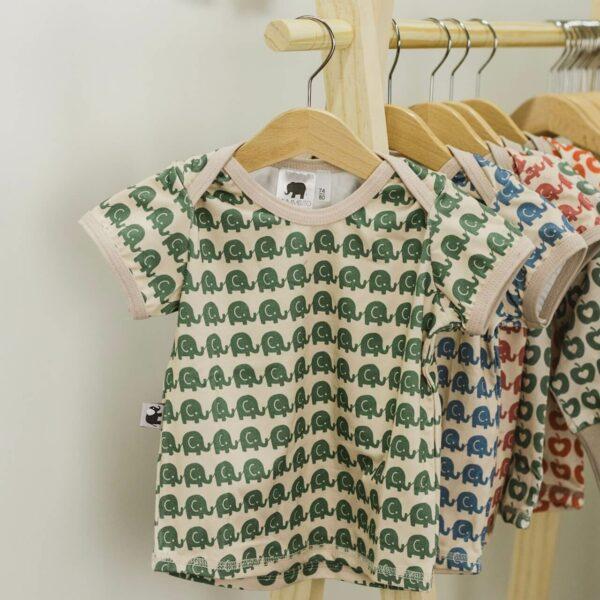 Mummelito-Shirt-kurzarm-Elefant-gruen (1)
