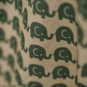 kurzarm Shirt – Elefanten – grün