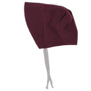 Bonnet – Haube aus Musselin – brombeere