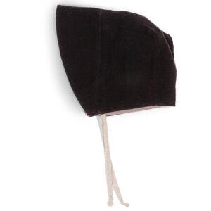 Bonnet – Haube aus Musselin – fledermausschwarz