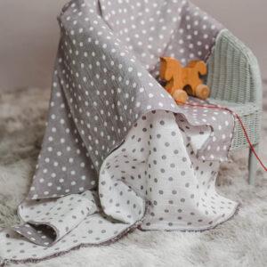 leichte Babydecke – Punkte – elefantengrau