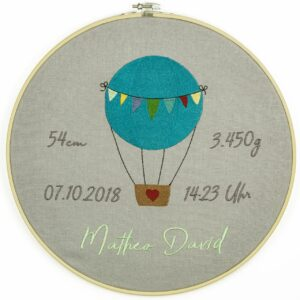 bestickter Rahmen – Baby – Heissluftballon