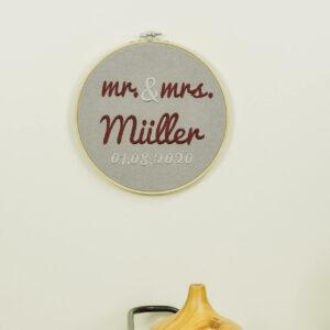 bestickter Rahmen – Hochzeit – Mr. & Mrs.