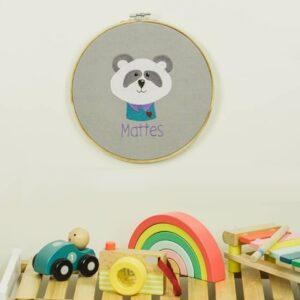 bestickter Rahmen – Panda