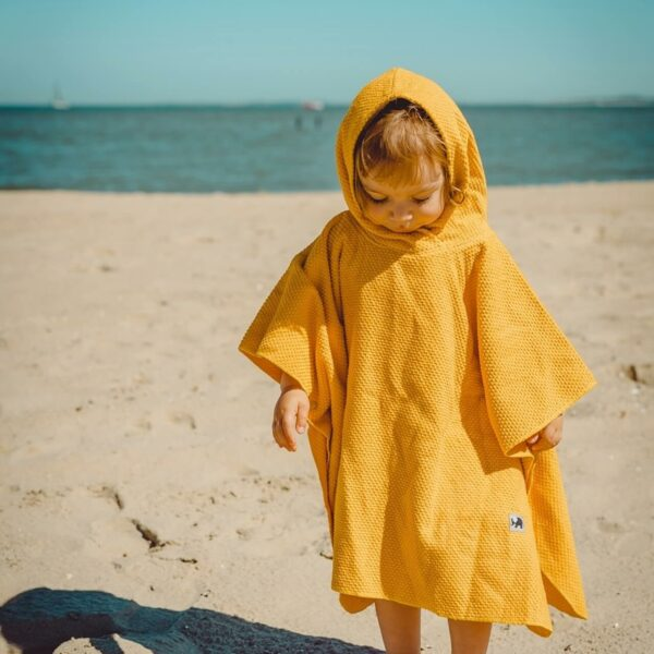 Mummelito-Model-Badeponcho-gelb-Frottee (5)